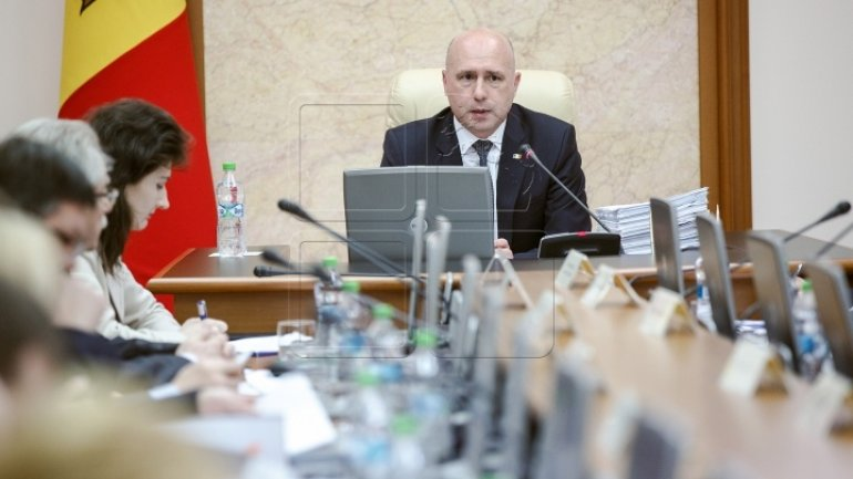 Prime Minister Filip will personally attend to bettering food quality in education institutions