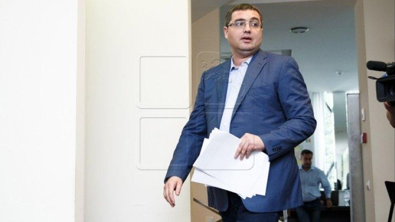 It's legal to prosecute  fugitive criminal Renato Usatii for murder attempt