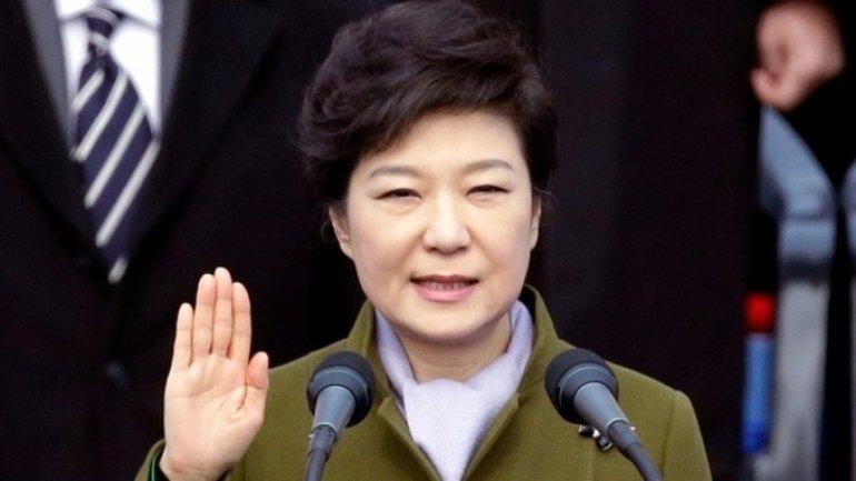 South Korea seeks arrest of ex-president Park Geun-hye