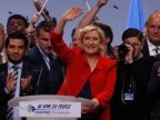 French election: Le Pen and Macron hold rival rallies
