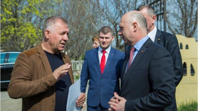 Moldovan premier encourages entrepreneurs to do business in rural settlements
