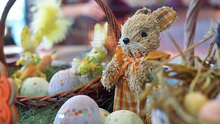MPs congratulate Moldovan citizens on occasion of Easter