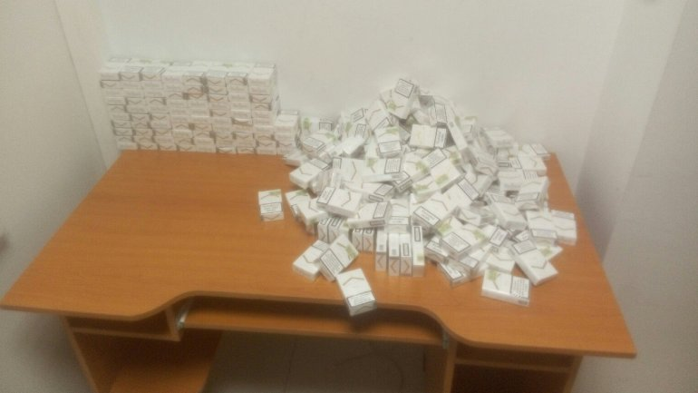 Customs officers prevent attempted smuggling of 17,000 cigarettes (PHOTO)