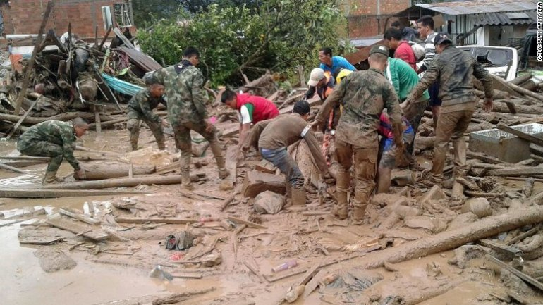 Colombia mudslides kill more than 200 (PHOTO)
