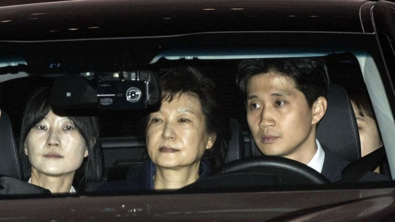 Park Geun-hye: Ex-South Korean president charged in corruption probe