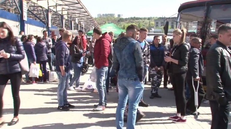Thousand of Moldovans rush to spend Easter holidays with relatives
