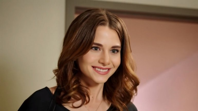 """Bahar visiting Cricova Great meeting with fans of serial """"Stolen Life"""""""
