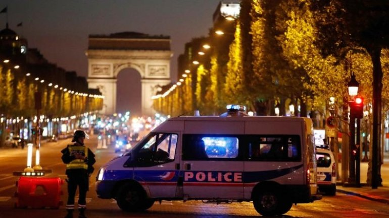 Ten people investigated in France  on suspicion of planning anti-Muslim attacks