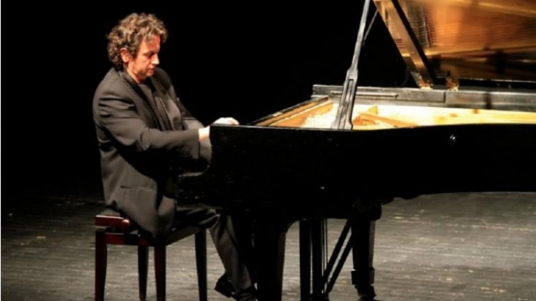 "Romanian pianist Horia Mihail comes to Chişinău within tour  ""Travelling pianist"""