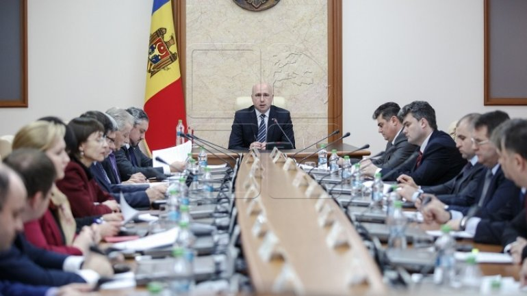Moldova calls off two ambassadors