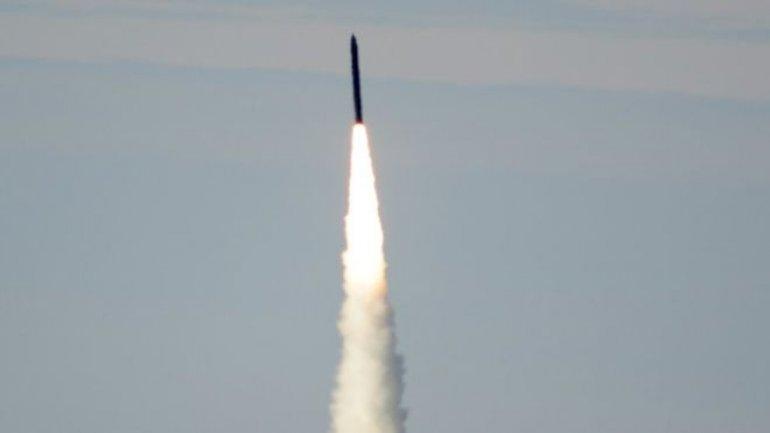 US tests missile defence system as North Korea concerns mount