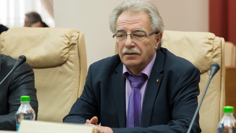 Deputy Minister Gheorghe Brega left for holiday meanwhile his colleagues request dismissal