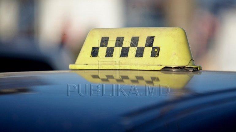 Prosecutors raid taxi companies, on suspicion of tax evasion