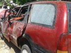 Acciddent: Three severely injured  people, the driver could not avoid the impact