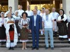 Premier Pavel Filip's message on Romanian Blouse Day: It highlights our creativity as a nation