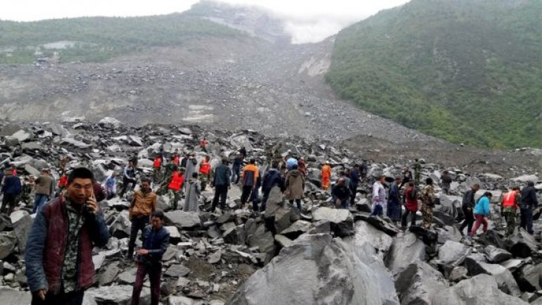 China landslide leaves at least 140 missing in Sichuan (PHOTO)