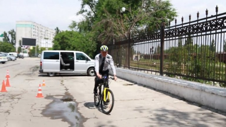Chisinau police to patrol on bicycles