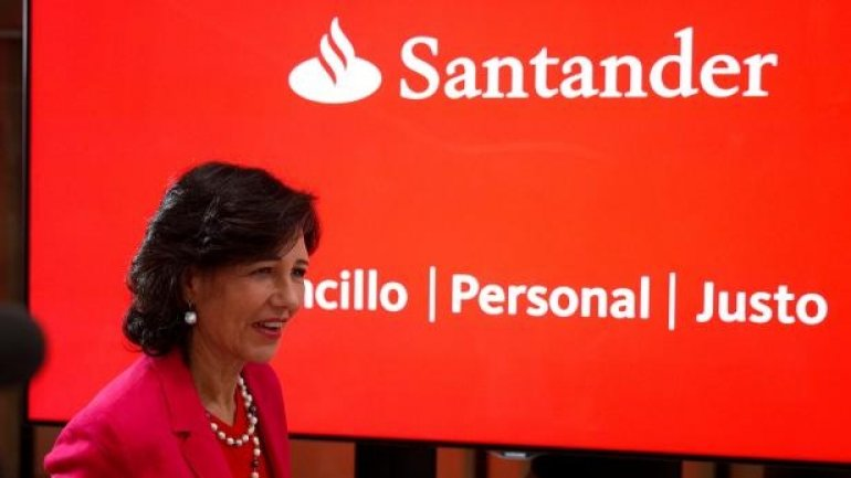 Santander rescues rival Banco Popular from collapse