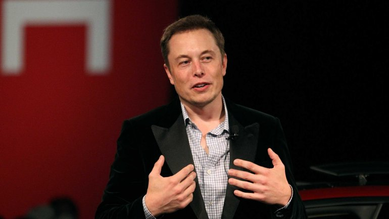 Elon Musk announced that first test flights of Mars spaceship could take place next year
