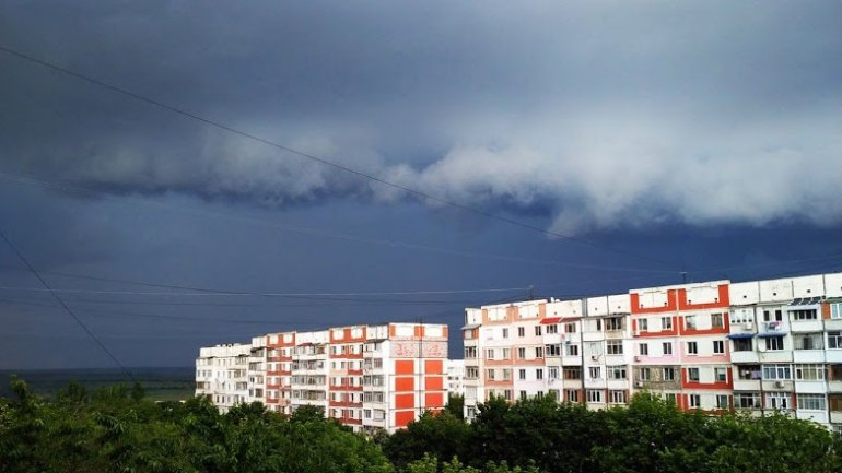 Recovering from floods, Moldova hit with heavy rain storm (PHOTO/VIDEO)