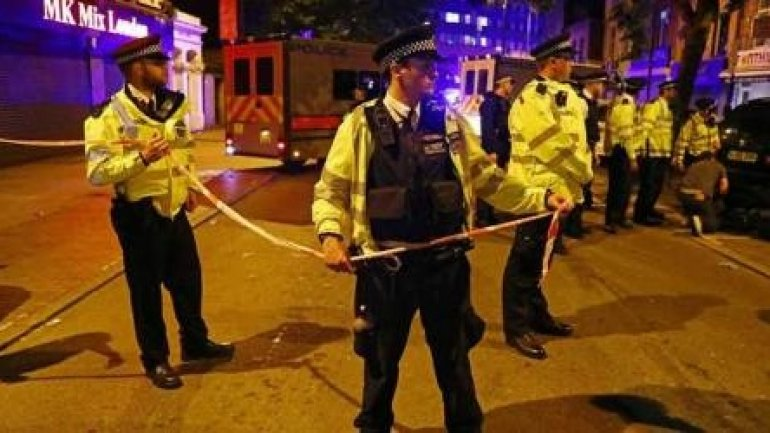 """""""I'm going to kill all Muslims!"""" Terror attack in London leaves one dead"""