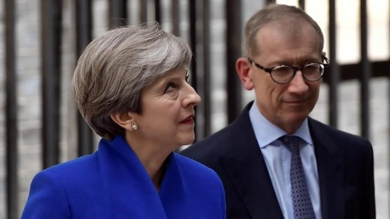 British PM May fights for survival ahead of Brexit talks