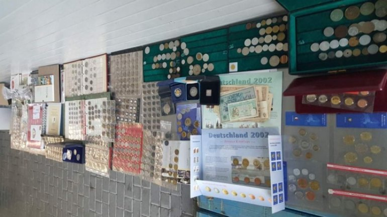 Customs officers thwart attempt of smuggling antiquities