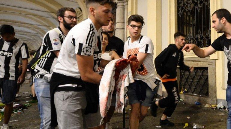 Turin bomb scare sparks stampede, leaving 1,000 injured