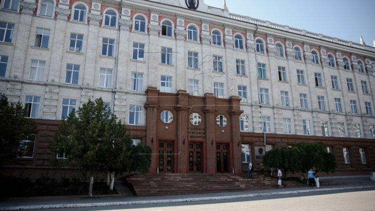 Pavel Filip demands reform in Moldovan Academy of Sciences