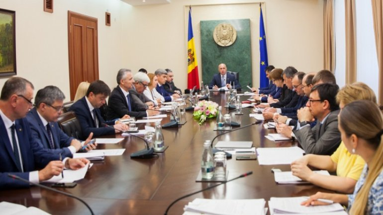Government to discuss principal projects for Moldova modernization