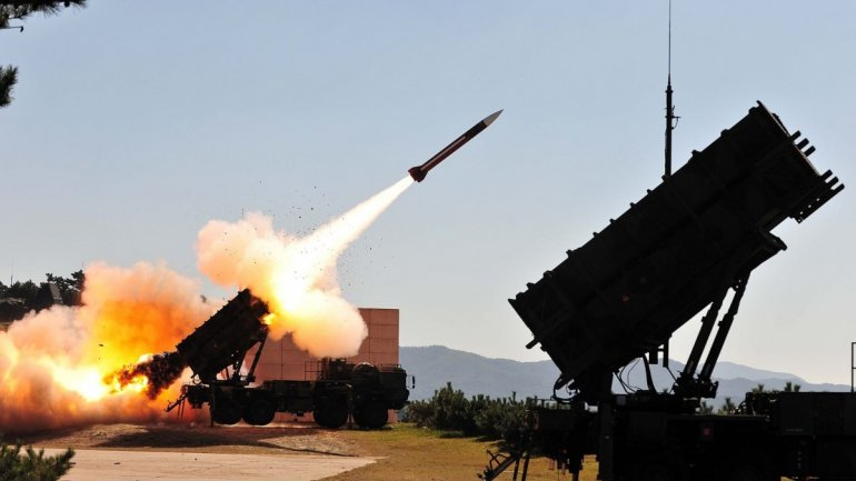 Poland agrees to buy Patriot defense system missiles from U.S.