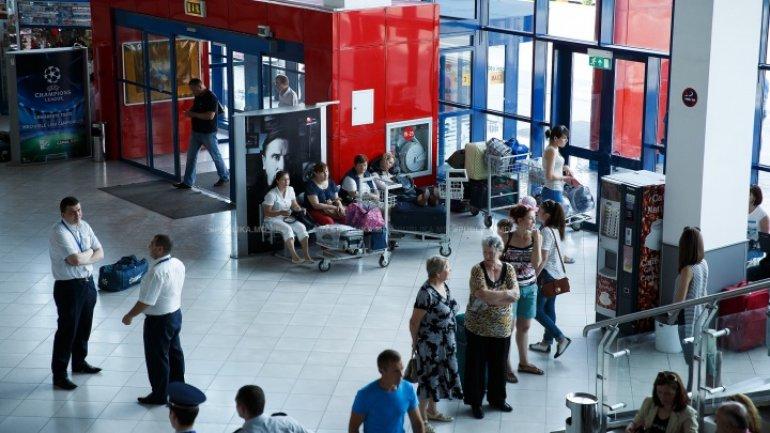 Turk stirring spirits in Chisinau airport gets 30 days of arrest