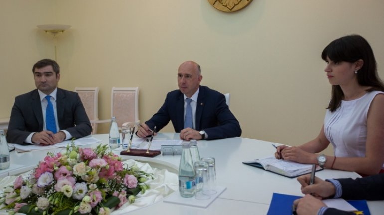 Prime Minister conduct meeting with US Ambassador in Moldova