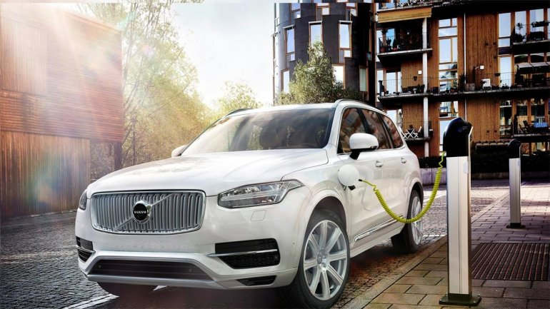 Volvo will turn all electric starting in 18 months