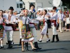 Traditional Clothes Parade in Great Assembly Square for Independence Day (Video)