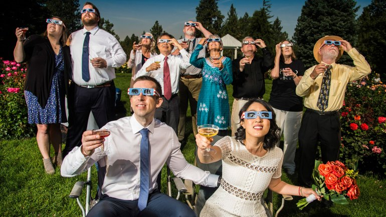 The Solar Eclipse, in pictures