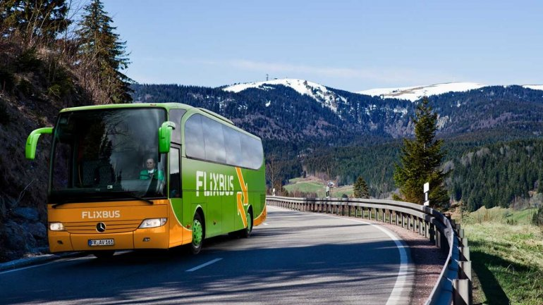 Eurolines Romania associates with FlixBus for European routes, logo changed except route to Moldova