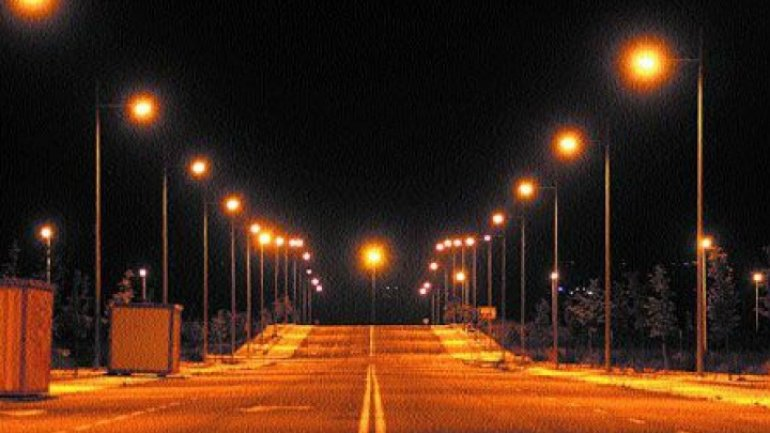 Streets from Mândâc village will be lit. Local authorities built a 3 km street light network