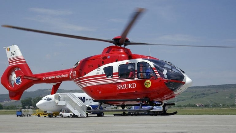 Two-year-old girl hospitalized by SMURD aircraft after falling in hot liquid pot