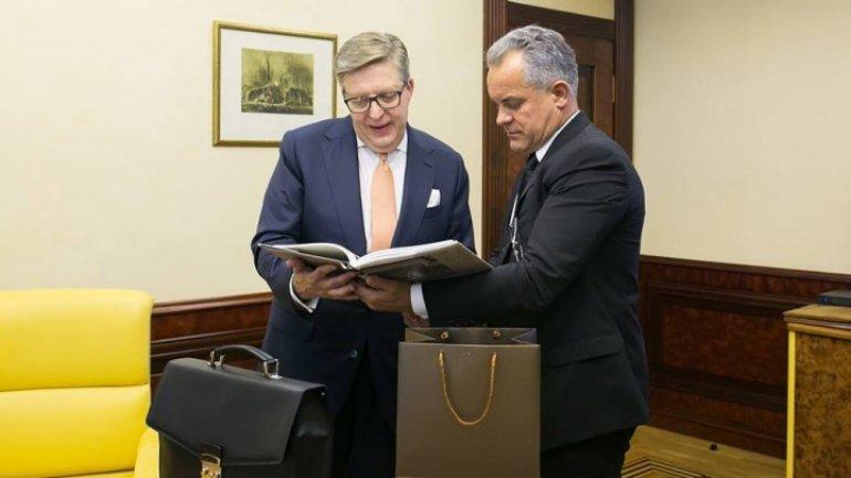 Vlad Plahotniuc had farewell meeting with EU Ambassador Pirkka Tapiola