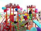 """New playground for children of Mileștii Mici built by Vlad Plahotniuc's foundation """"Edelweiss"""""""