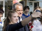 Vlad Plahotniuc visited his old school in Grozeşti village (Photo)