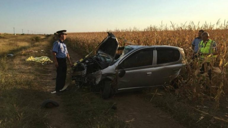 Moldovan family after car crash in Romania: one dead, three injured