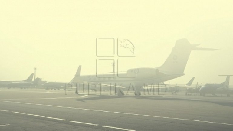 Thick fog causes massive flights delay at Chisinau International Airport