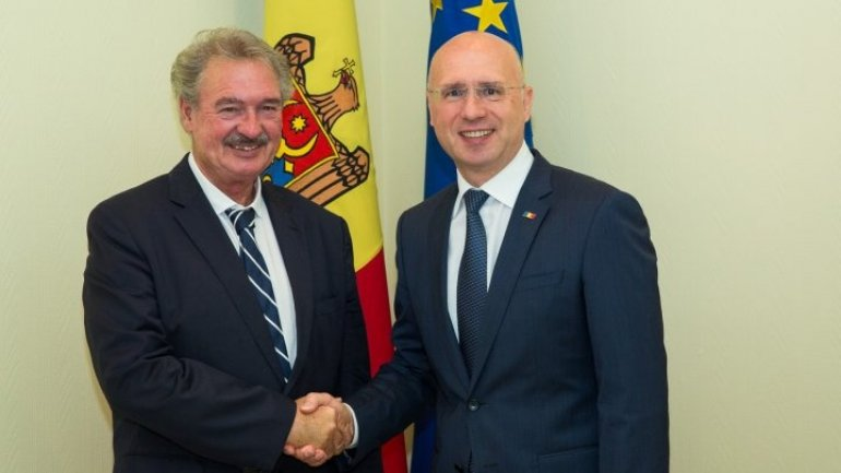 Premier Pavel Filip met with Luxembourg Foreign Minister Jean Asselborn