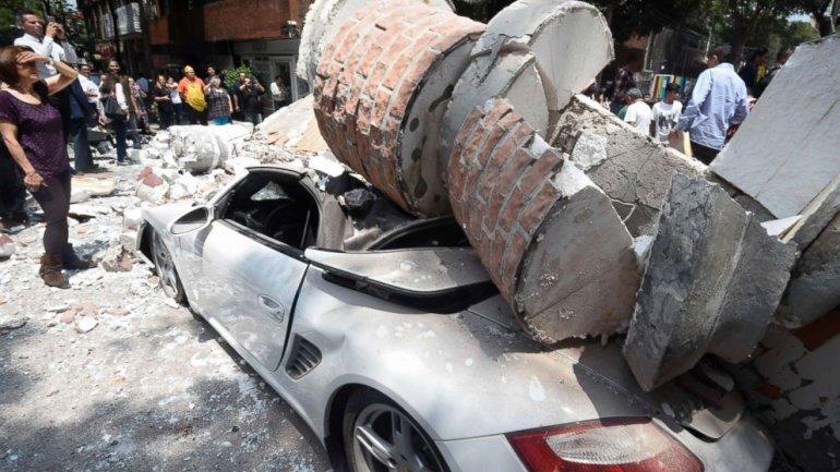 Over 200 dead after 7.1 magnitude earthquake strikes Mexico