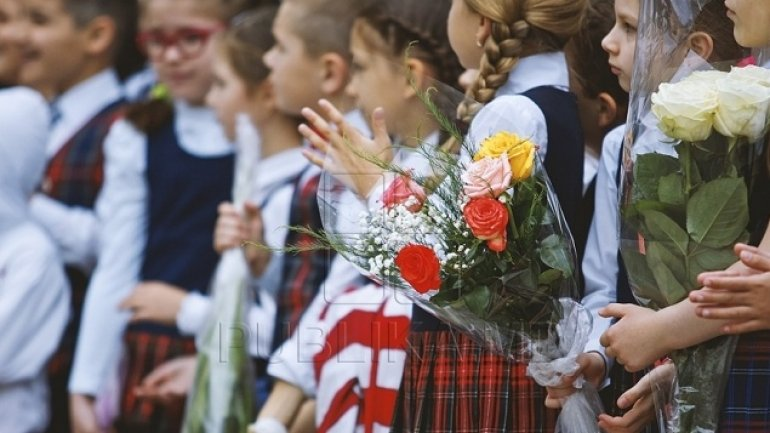 High demand for flowers on first day of school