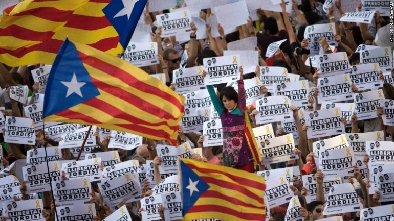 Catalan authorities refuse to follow orders from Spain