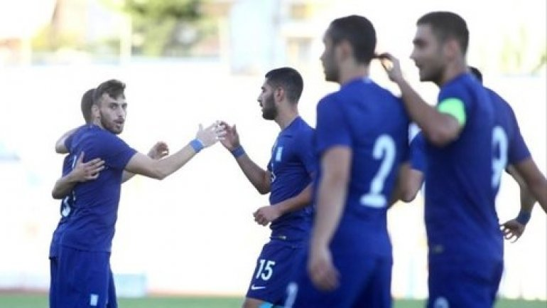 Greece 0-2 Beat Moldova to move top of group