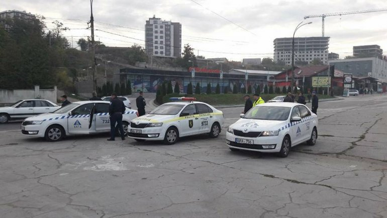 Checking of taxi drivers from Capital. Defies that put in danger customer's life (Photo)
